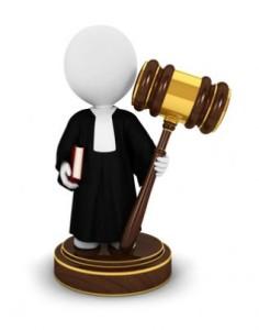 giudice-con-martello